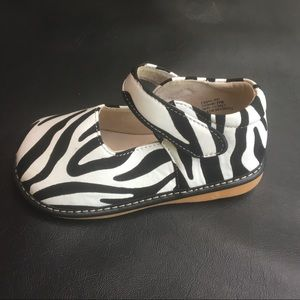 59ab93c21b NWT Laniecakes Zebra Squeak Mary Janes - size 12